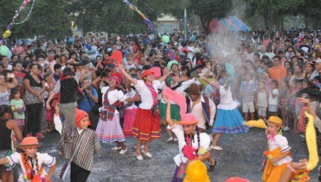 Más de 100 mil personas disfrutaron de los carnavales en Moreno