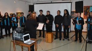 """Inauguraron la muestra de artes plásticas y fotografía Salón """"25 de Mayo"""""""