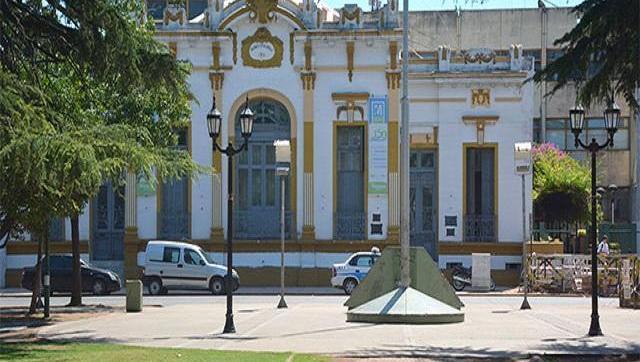 Aumento, bono de $3.000 y efectivización de más de mil trabajadores en el Municipio de Moreno: ¿por qué marcha un gremio de municipales?