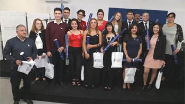 Nuevos graduados del Departamento de Humanidades y Ciencias Sociales de la Universidad Nacional de Moreno