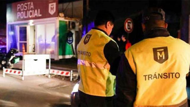 Detienen a ocho personas y secuestran 35 vehículos en operativos