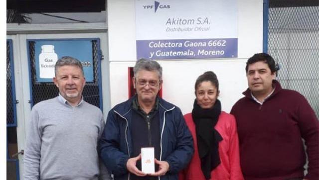 Akitom entregó los premios a los ganadores de la Promo en Moreno