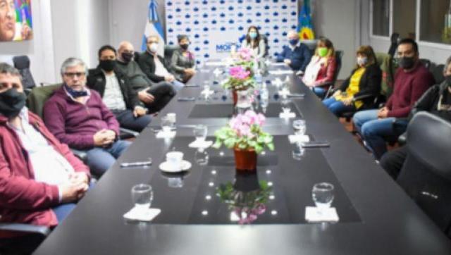 Integrantes del consejo del PJ brindan su apoyo a la intendenta Fernández