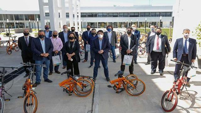 Mil bicicletas para estudiantes de universidades del conurbano