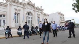 El Municipio de Moreno entregó 20 motos a la policía de bonaerense