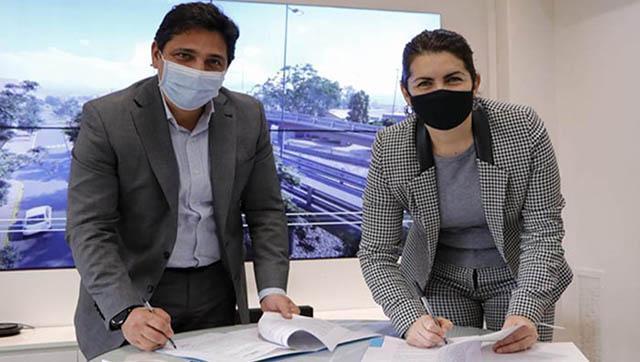 Fernández y Marinucci firman convenio para la construcción de un puente modular en Moreno
